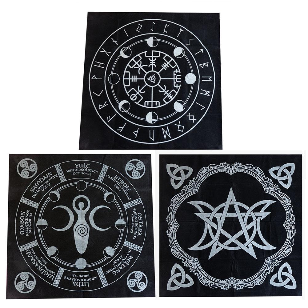 Tarot Cloth Black Flannel Divination Tarot Cards Tablecloth 49*49CM For Playing Games Deck Board Game