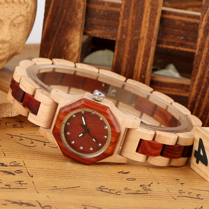 Image 4 - Elegante reloj con forma de Octágono y diamantes de imitación reloj de madera para mujer reloj con brazalete elegante de madera para mujer