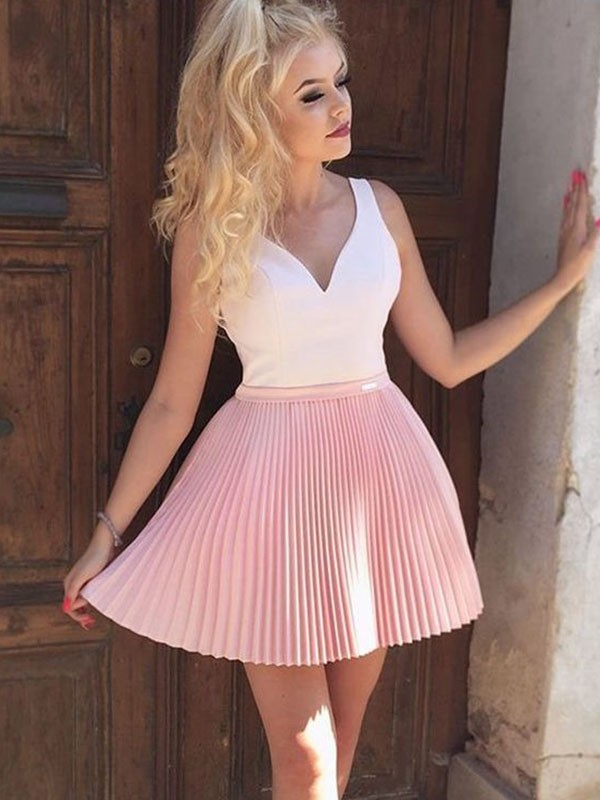 2020 Elegant   Cocktail     Dress   A-Line/Princess Satin Pleats V-neck Sleeveless Short/Mini   Dresses   for Party