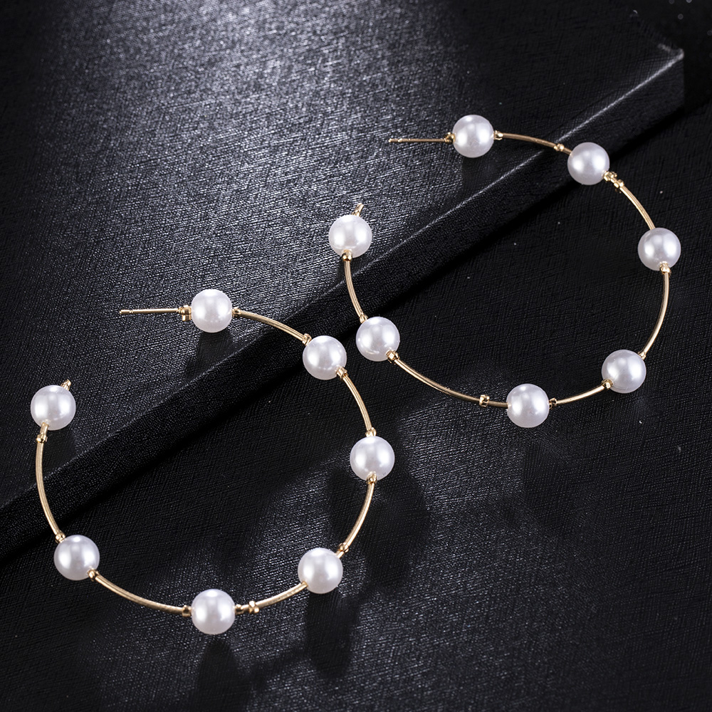 2020 New Fashion Vintage Circle Pearl Pendant Women Retro Big Circle Hoop Earrings For Women Jewelry Accessories Gifts For Girls