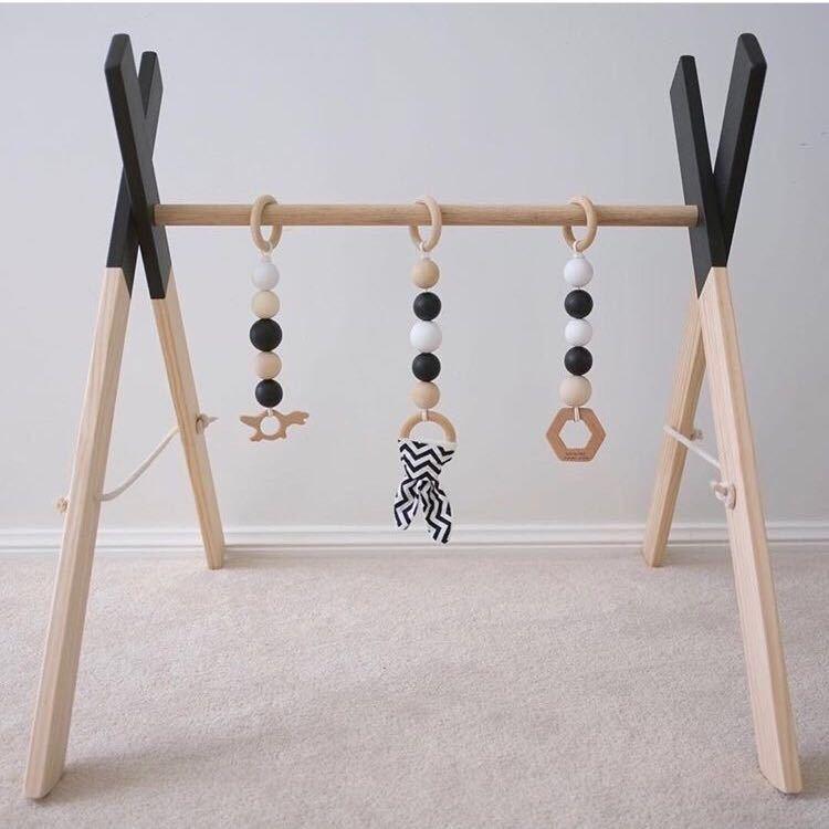 Style nordique bébé chambre décor jouer Gym jouet en bois pépinière jouet sensoriel cadeau infantile chambre vêtements Rack accessoires photographie accessoires