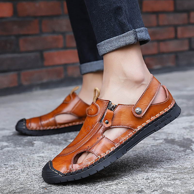 2020 Summer Male Slides Ankle Strap Holes Slip-ons Lightweight Sandals Split Leather Casual Flat  Men's Shoes Fashion Comfort