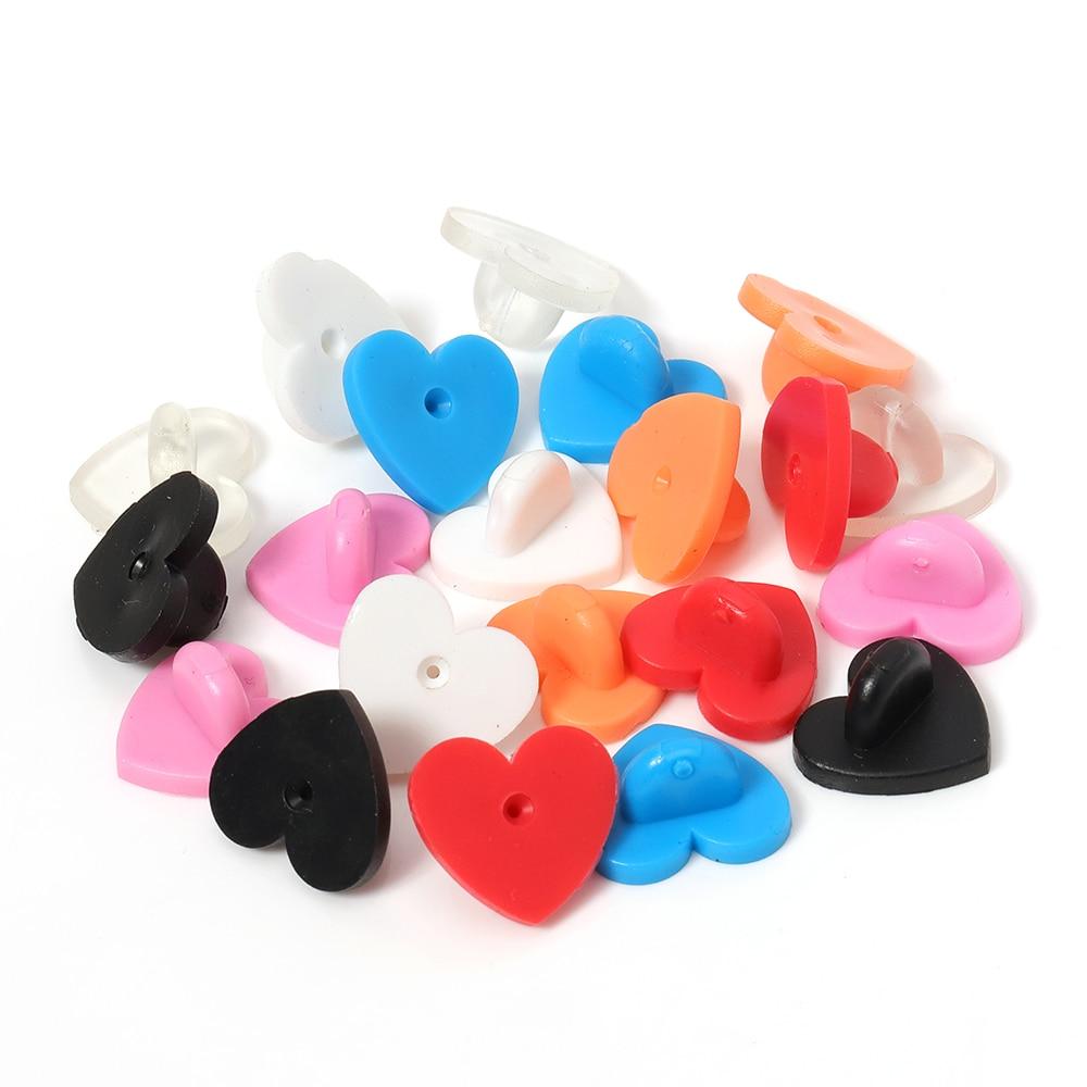 50pcs Gummi / Metall-Pin Backs Herz Brosche Schnalle Knopf DIY Kragen Schnalle Accessoires für Frauen-Schmucksachen, die Entdeckungen Spangen
