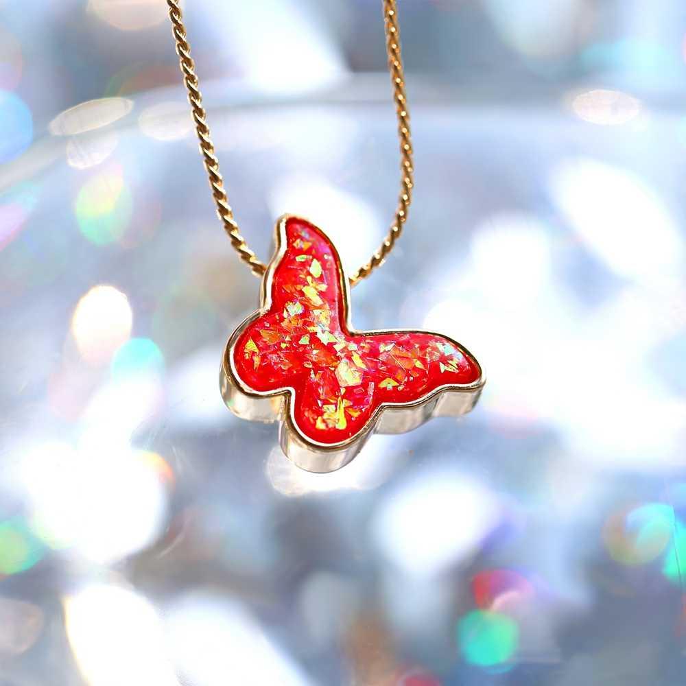فراشة القلائد للنساء الفتيات موضة اللؤلؤ عقد بحلية متدلية على شكل فراشة قلادة أنيقة قلادة ذهبية مجوهرات الأزياء 2020 جديد هدية