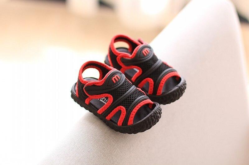 Sandálias e tamancos