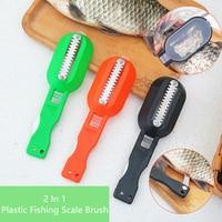 Cepillo de piel de pescado 2 en 1 de plástico, raspador de escamas de pescado con dispositivo de cuchillo, Herramientas de limpieza de pescado, accesorios de cocina