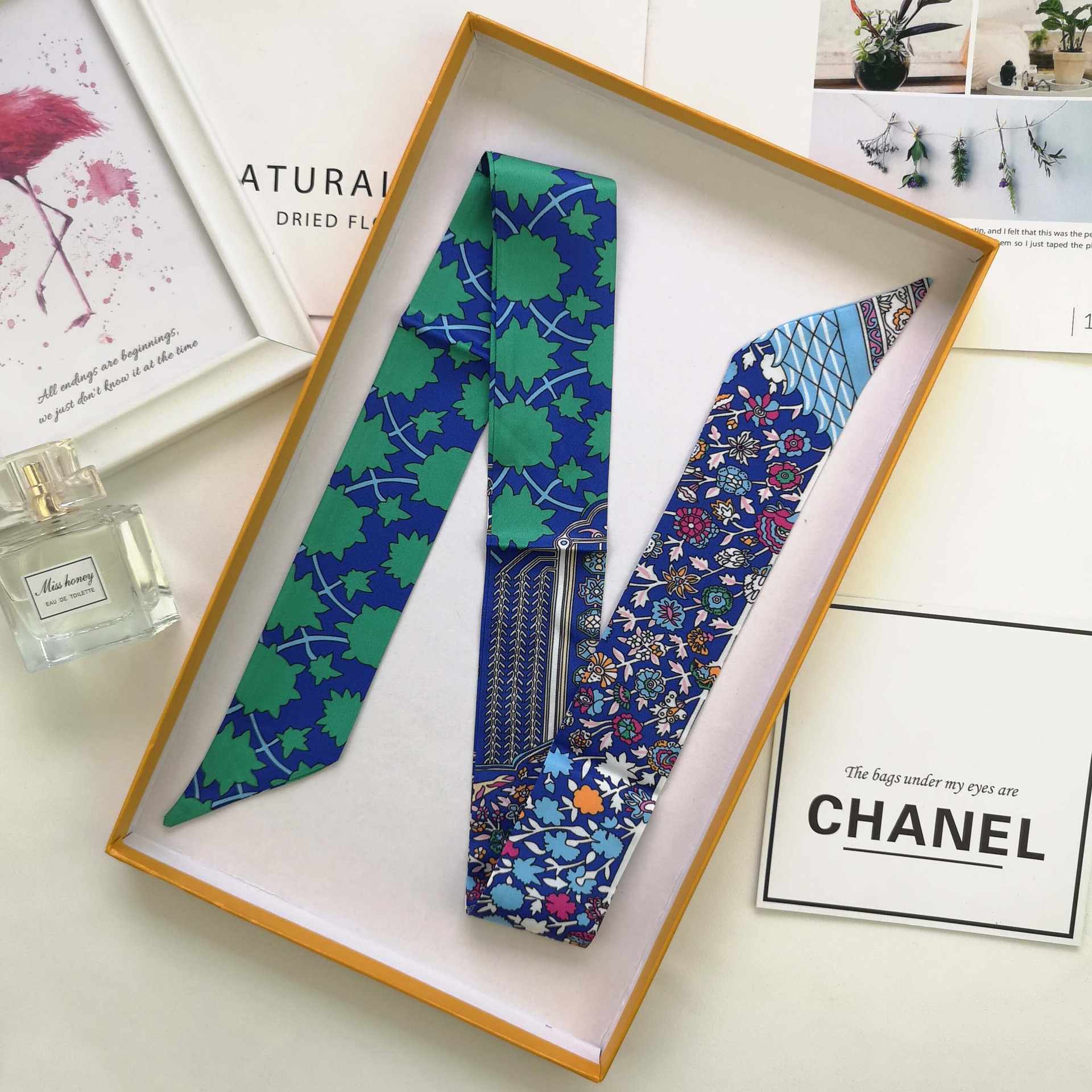 Fashion Luxury Brand Skinny Bag Scarf Women Silk Scarf Double-sided Printing Head Scarf Hand Bag Ribbons Long Scarves A19