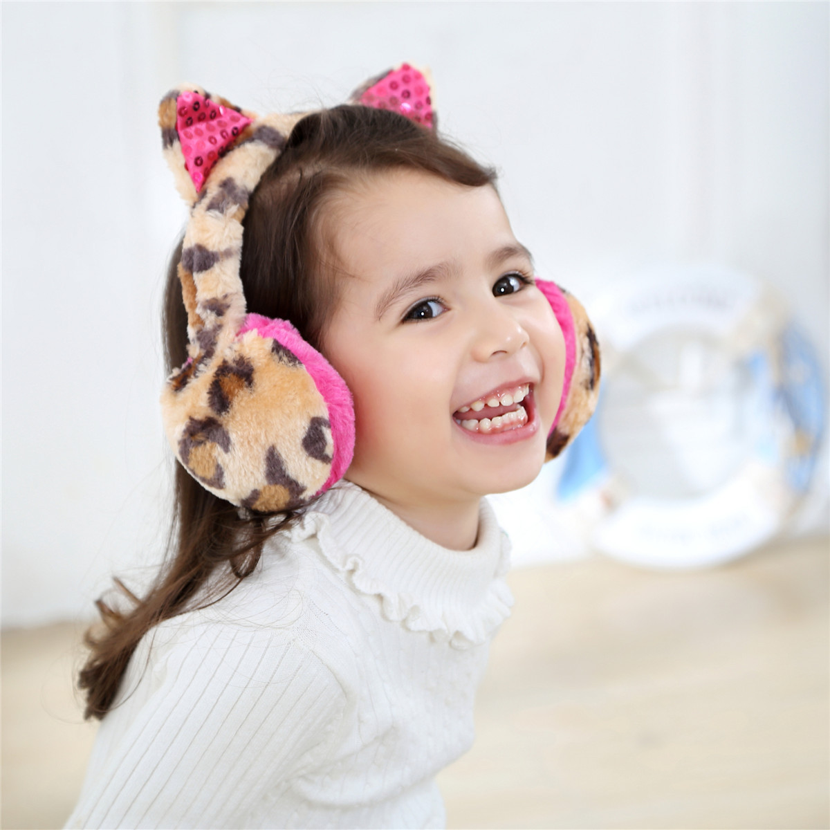 Scalable Leopard Earmuffs Kids Boys Girls Cute Sequins Animal Ears Winter Plush Thicken Warm Windproof Material Soft Accessories