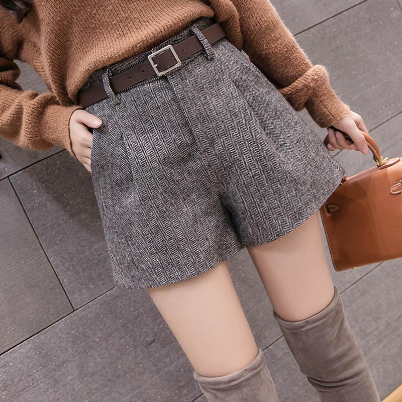 Autumn Winter Female 2019 New Fashion High Waist Casual A-Line Shorts Free Belt Women Woolen Shorts Elegant Wide Leg Shorts