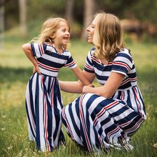 Mommy and Me Family Matching Mother Daughter Dresses Clothes Striped Mom and Daughter Dress Kids Parent Child Outfits 2020 New keelorn girl dress 2018 new style family matching outfits mother and daughter fall full black striped dress free shipping