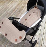 2 teile/satz Winter Wärmer Baby Kinderwagen Wrap Kinderwagen Handschuhe Kinder Kinderwagen Fleece Decke Swaddle Hand Muff Zubehör O0943N10