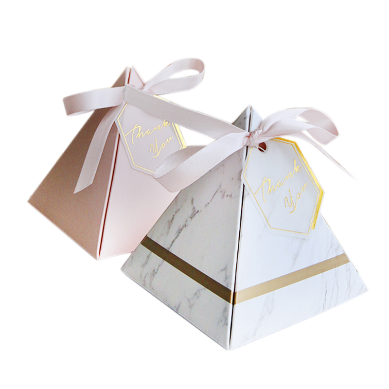 Europe Triangular Pyramid Style Candy Box Wedding Favors Party Supplies Paper Gift Boxes With THANKS Card & Ribbon