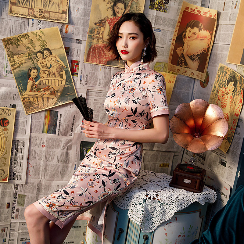 Pink Silk Dresses Woman Party Night Cheongsam Short Improvement Vintage Traditional Chinese Dress Pink Floral Stage Show Qipao