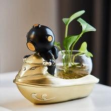 Resin diver hydroponic ornaments indoor green plants astronaut decoration accessories desktop creative design small vase gift