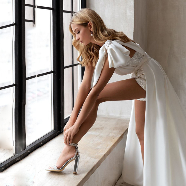 Sequined Jumpsuit Wedding Dresses 2021 One Shoulder Bow Sexy Short Pants Bridal Gown With Pockets Pleat Long Sweep Train 2