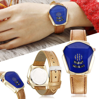 Diamond Style Quartz Watch Simple Personality Fashion PU Leather Band Men Women Students Quartz Watch TC21