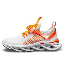 New Men Tennis Shoes Casual Platform Lace-up Breathable Light Hot Sale Couples Fire Women Sports Running