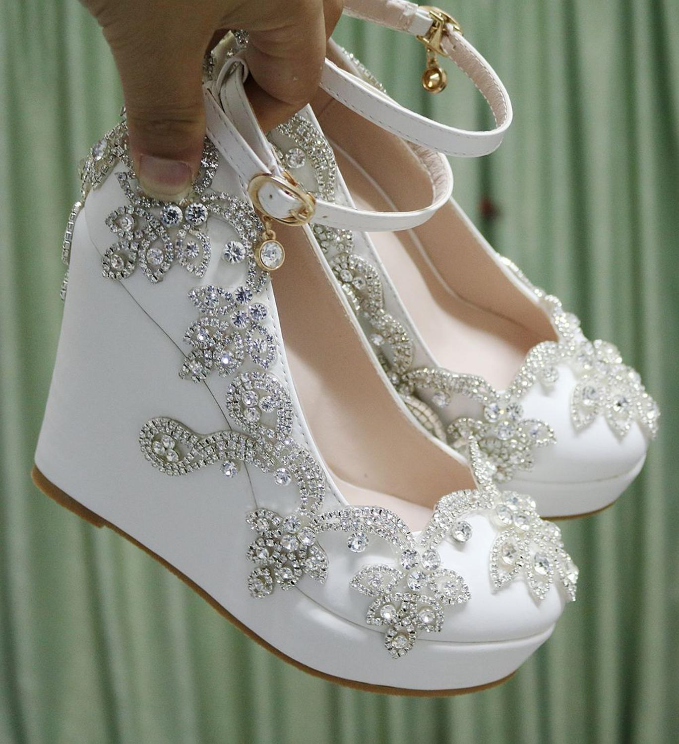 Crystal Queen Rhinestone Pumps Wedding Shoes Bride Clear Heels Crystal Pumps Christmas Day Evening Party 10cm High Heels
