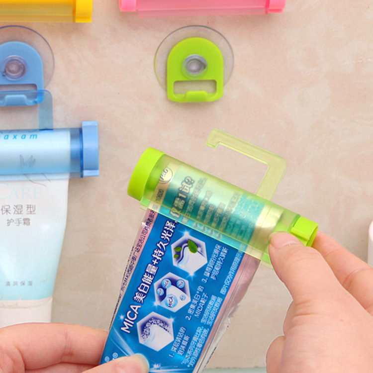 1pcs Rolling Squeezer Toothpaste Dispenser Tube Sucker Holder Dental Cream Bathroom Accessories  Dispenser Gadgets