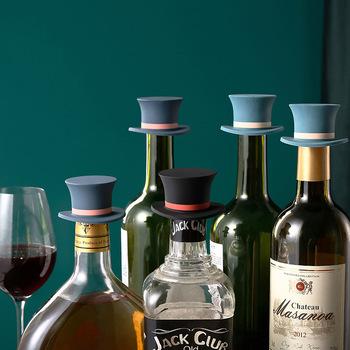 Silikonowy korek do wina gospodarstwa domowego wina korek do butelki w pokera w kształcie zamknięcia do wina nieprzeciekająca wina piwa butelka korek wtyczki tanie i dobre opinie CN (pochodzenie) SILICONE Ekologiczne Na stanie none Korki do wina Silicone wine stopper 6*6*4cm dropshipping