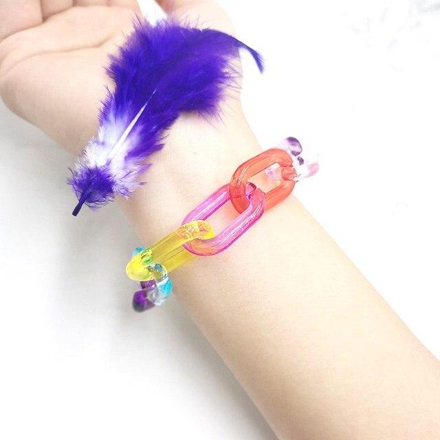 Фото милый цветной яркий прозрачный акриловый браслет ручной работы цена