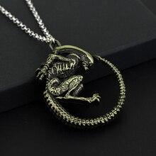 Predator Alien Necklace Predator AVP Alien Queen Pendant Goth Horror Giger Cool Necklace For Men Fashion Jewelry Accessories stylish alien vs predator shape key ring