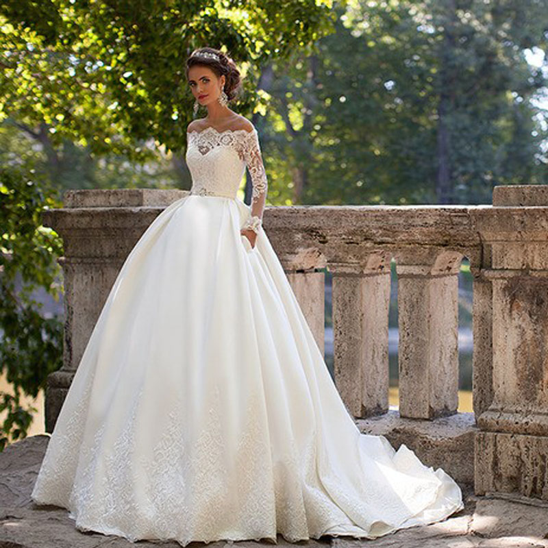 Vestido Novia Off The Shoulder Ball Gown Full Sleeves Vintage Plus Size Lace Bridal Gown 2018 Mother Of The Bride Dresses