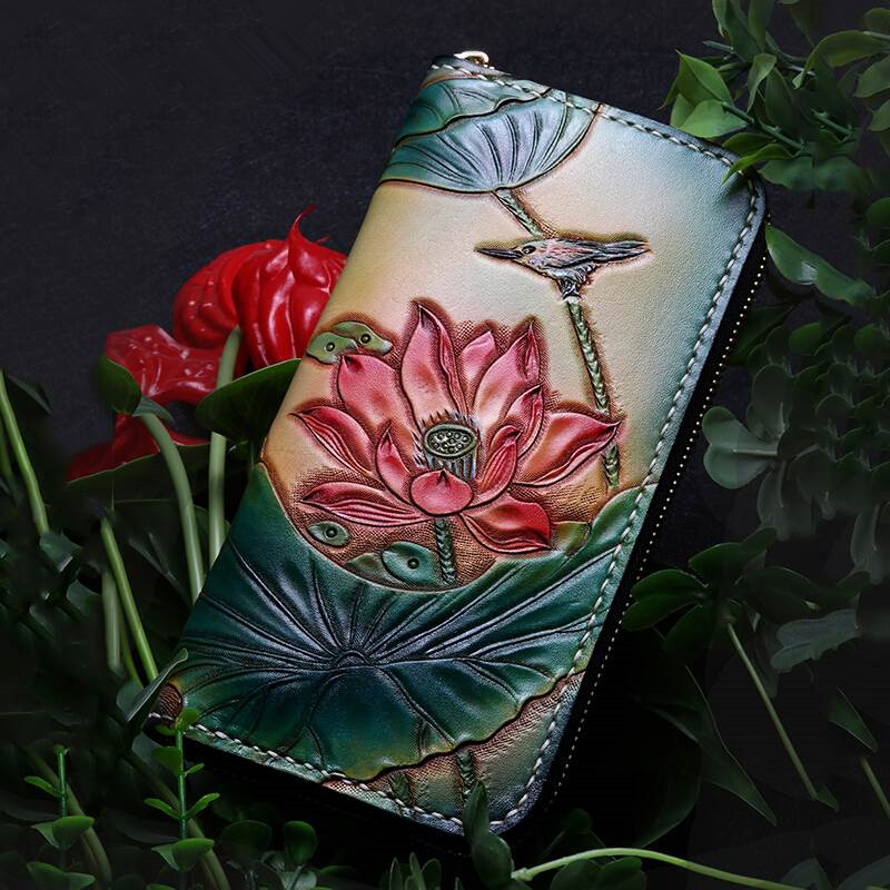 Handmade Genuine Leather Wallets Carving Lotus Bag Purses Women Long Clutch Vegetable Tanned Leather Wallet Gift