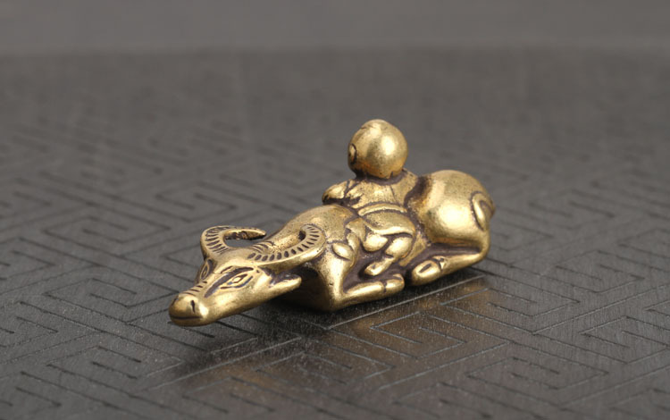 Brass Shepherd Boy Cow Small Ornaments  (13)