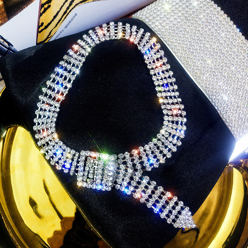 Fashion Jewelry Luxury Full Rhinestone Choker Necklaces Shiny gold Silver Color Button Necklaces Statement for Women Party Gift