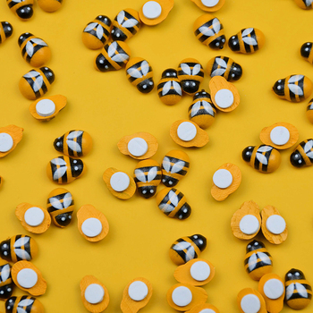 100 sztuk 9*13M Mini drewniane pszczoła śliczne żółty pszczoła biedronka samoprzylepna naklejka na mikro element dekoracji krajobrazu wystrój domu ściana ogrodu...