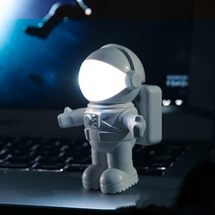 Astronaut Led Night Light Astronaut Style Usb Power Small Lamp Book Light Keyboard Lamp Christmas Gift Home Office Ornament