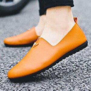 Image 2 - Moda concisa ocio hombres mocasines ligeros lisa, primavera otoño zapatos planos de conducción clásicos Soft ComfySlip en zapatos
