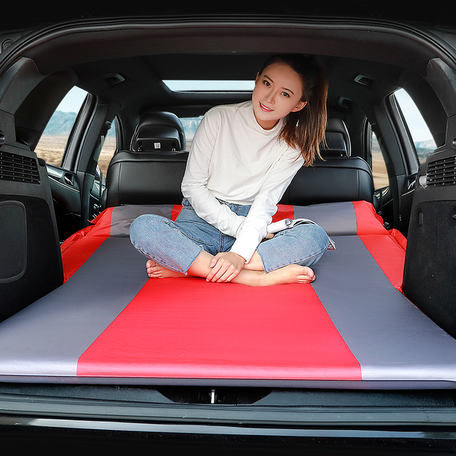 Automatic inflatable mattress on a