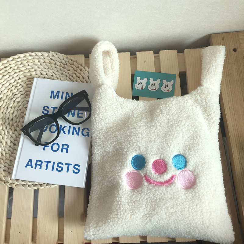 winter cartoon handbags plush shoulder bag  cute face embroidery  hand bag  women white color ladies bag tote size 28*30cm tote