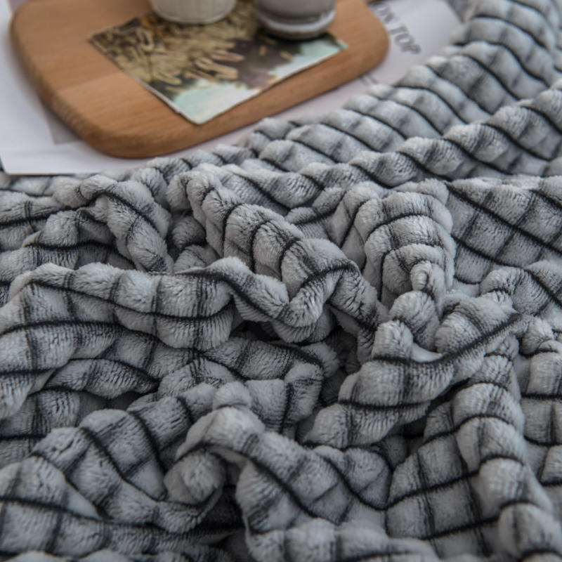 Bonenjoy Plaid for Beds Coral Fleece Blankets Gray Color Plaids Single/Queen/King Flannel Bedspreads Soft Warm Blankets for Bed-1