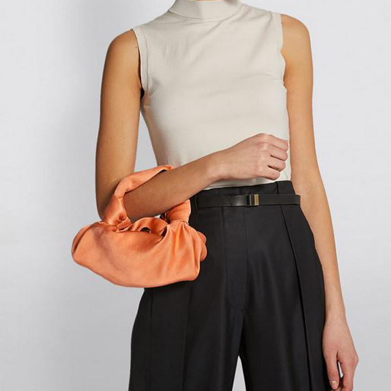 Luxury Design Lady Handbag Carrying Dumpling Bag Fashion Ruffle Velvet Bag