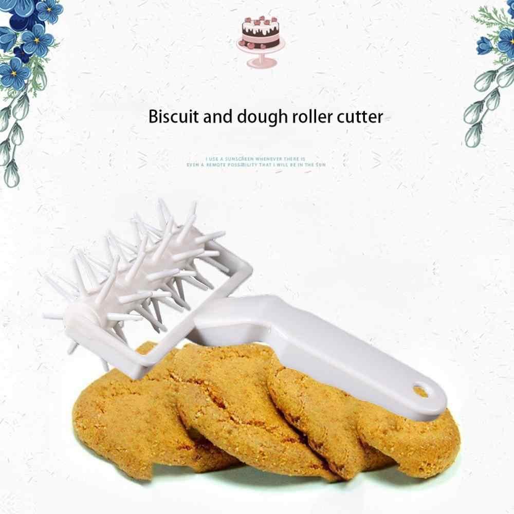 Plastik tekerlek iğneli rulman Pizza delik iğne alt bisküvi yumruk delik zımba hamuru bisküvi rulo kesici