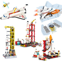 Space Station Saturn V Rocket Building Blocks City Shuttle Launch Center Atellite Astronaut Figure Bricks set Children Toys Gift space station saturn v rocket building blocks city shuttle launch center atellite astronaut figure bricks set children toys gift