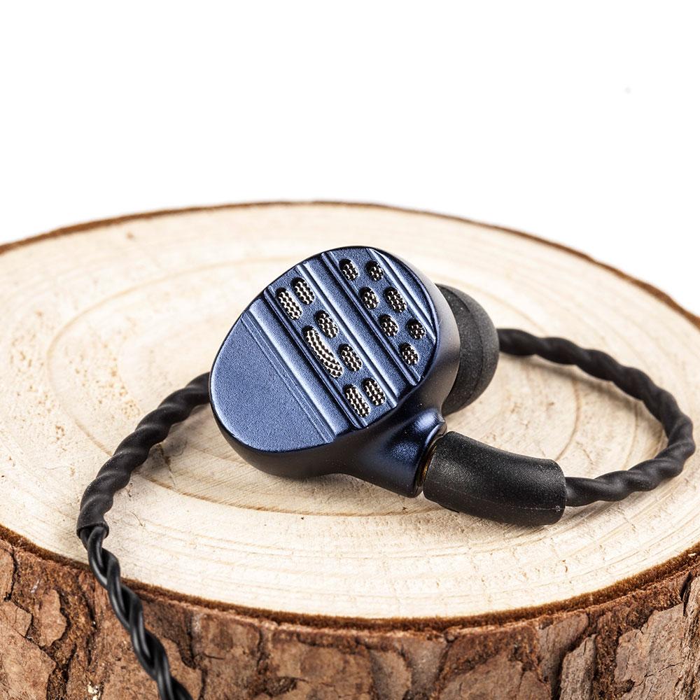Купить с кэшбэком 2019 KBEAR Flagship Earphone HiFi Hi7 6BA+1DD Hybrid In Ear Headphone For Running Sport Earphone Earplug Headset  MMCX Connector