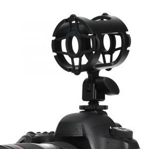 Image 4 - מיקרופון הלם הר מחזיק עם קר נעל אוניברסלי פלסטיק מיקרופון Stand הלם הוכחה מהדק סטודיו הקלטת סוגר למצלמה