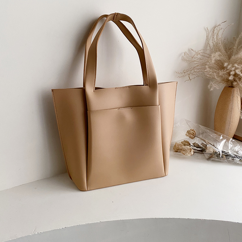 2020 New Women's Handbag Korean Texture Wild Retro Fashion Simple Large-capacity Shopping Bag