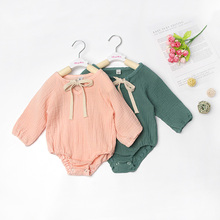 Новые весенние повседневные Комбинезоны; одежда для маленьких девочек 0-24 месяцев; однотонные милые комбинезоны с длинными рукавами для маленьких девочек