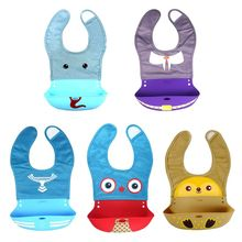 Portable Baby Bibs Adjustable Silicone Food Catcher Pocket Cartoon Pattern Waterproof Feeding Saliva Towel