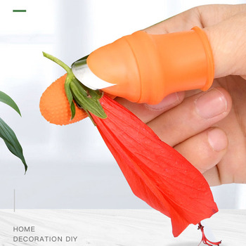 Female Finger Knife Gloves Picking Pepper Tools Picking Vegetable Knife Picking Beans Carob Iron Nail Pinch Picking Artifact image