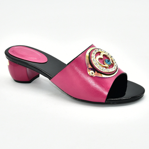 Image 5 - Женская обувь; Летние шлепанцы; Хорошее качество; Итальянская женская свадебная обувь; Украшенные стразами; Повседневные женские Тапочки