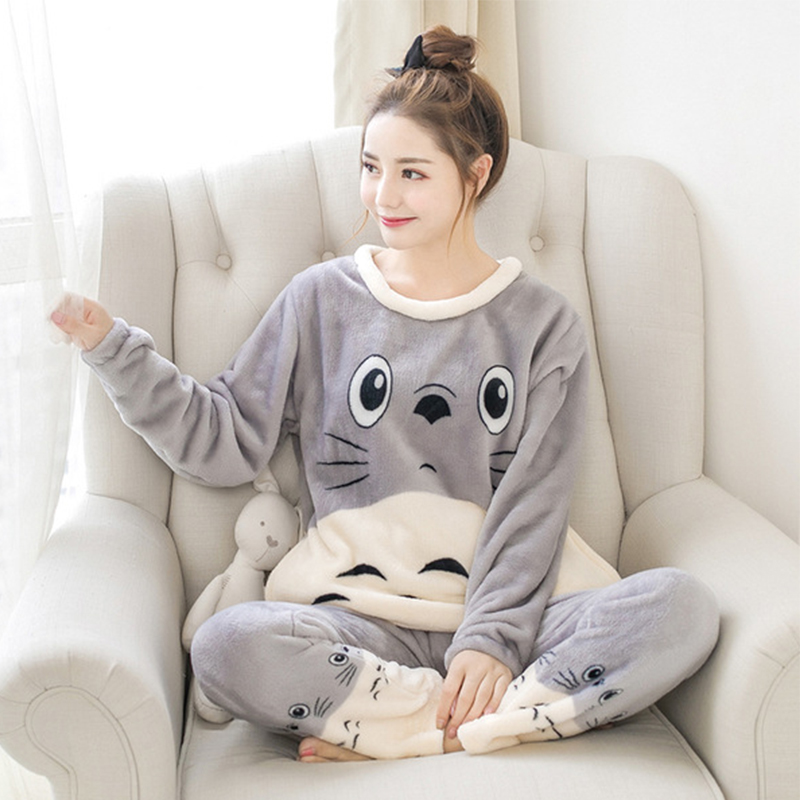 Winter Women's Flannel Set Gray Totoro Pattern Pullover Red Totoro Pajamas