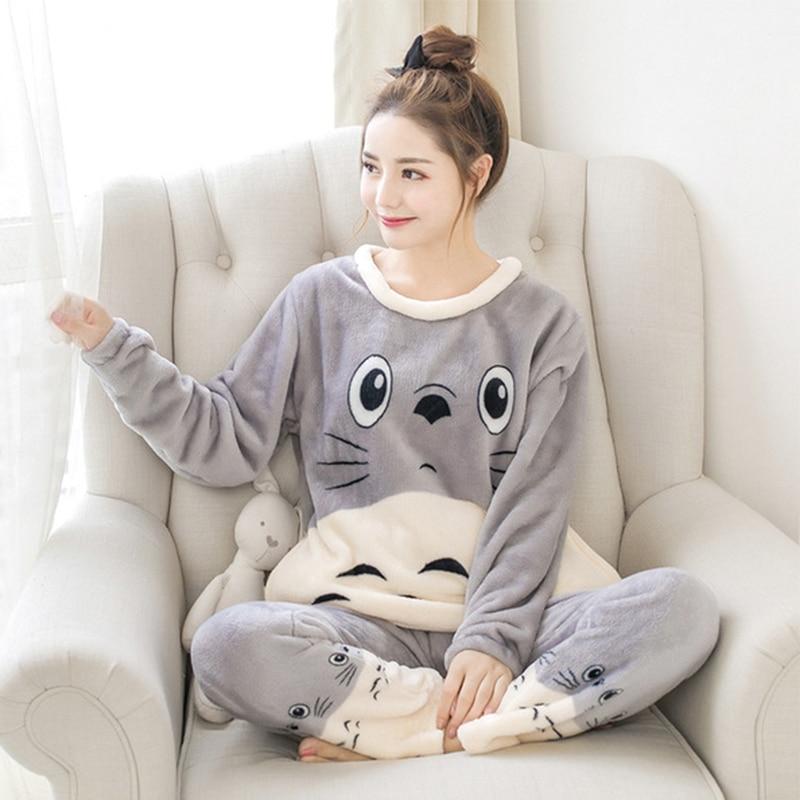 Winter Women's Flannel Set Gray Totoro Pattern Pullover Red Totoro Pajamas