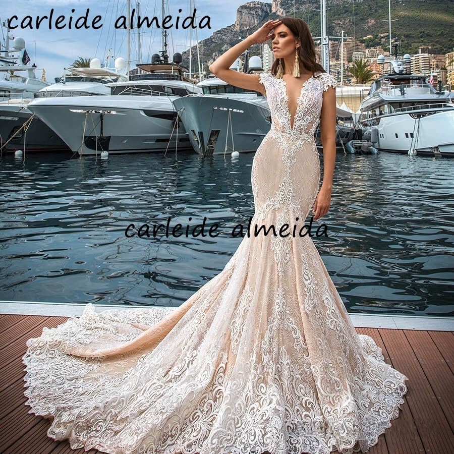 Sexy Back Mermaid Lace Wedding Dresses With Unique Lace Appliques Ivory Champagne Vestidos De Novia 2020