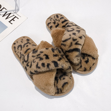 Sexy Leopard Slippers Women 2019 New Winter Home Brand Warm Fluffy Platform Fur Ladies Indoor